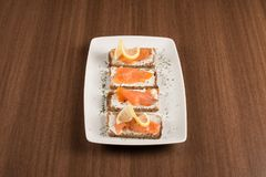 Free Bruschetta With Salmon Stock Photo - 107670240