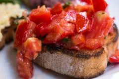Bruschettas ντοματών, χορτοφάγα bruschettas στοκ εικόνες με δικαίωμα ελεύθερης χρήσης