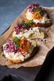 Bruschette avec de la salade de crabe Photos stock