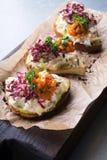 Bruschette avec de la salade de crabe Image stock
