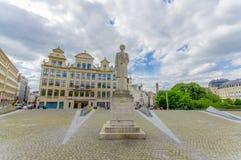 BRUSELAS, BÉLGICA - 11 DE AGOSTO DE 2015: Reina famosa Foto de archivo libre de regalías