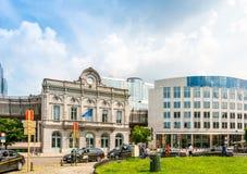 BRUSELAS, BÉLGICA - 16 de junio de 2016: Exterior del edificio de Foto de archivo libre de regalías