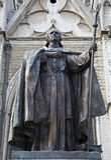 Bruselas - estatua cardinal de Mercier por la catedral Foto de archivo libre de regalías