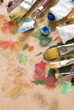 Brush and art palette with paints Royalty Free Stock Photography