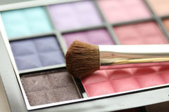 Brush on eye shadow palet Royalty Free Stock Photos