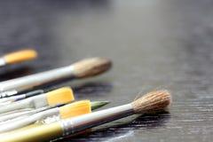 brushes målare s Arkivfoton