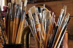 brushes studion arkivbild