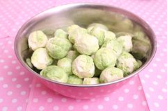 Brussels sprouts. Some fresh green brussels sprouts in a bowl Stock Photos