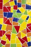 Bruten färgrik garneringprydnad för mosaisk tegelplatta Arkivbild
