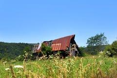 Bruten ner Arkansas ladugård Arkivbilder