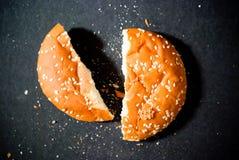 brutet bröd royaltyfri fotografi