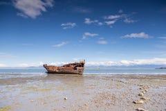 Brutet fartyg i Motueka Royaltyfria Bilder