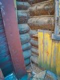 Brutet wood hus Royaltyfria Foton