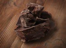 Brutna chokladstycken Royaltyfria Bilder