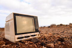 Brutna Gray Television Abandoned Royaltyfri Bild