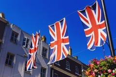 Bruton Street i det rika området av Mayfair i London stadscen royaltyfria foton