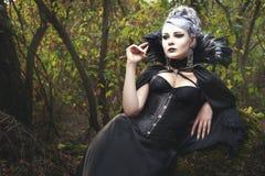 Bruxa da mulher no espartilho foto de stock royalty free