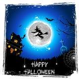 Bruxa do vôo na noite de Halloween Fotografia de Stock Royalty Free
