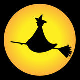 A bruxa e a lua Fotos de Stock Royalty Free