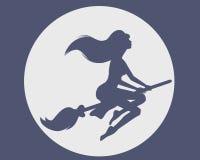 Bruxa em um broomstick Foto de Stock Royalty Free