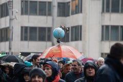 Bruxelas, Bélgica - 2 de dezembro de 2018 - mais do que 75000 pessoas tomou nas ruas de Bruxelas durante o março de ClaimTheClima foto de stock royalty free
