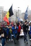 Bruxelas, Bélgica - 2 de dezembro de 2018 - mais do que 75000 pessoas tomou nas ruas de Bruxelas durante o março de ClaimTheClima imagens de stock royalty free