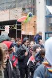 Bruxelas, Bélgica - 2 de dezembro de 2018 - mais do que 75000 pessoas tomou nas ruas de Bruxelas durante o março de ClaimTheClima imagem de stock