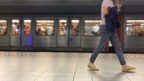 Bruxelas, Bélgica - 9 de julho de 2019 - estação de metro filme