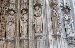 Bruxelas - detalhe do portal principal da igreja gótico de Notre Dame du Sablon Fotografia de Stock Royalty Free