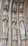 Bruxelas - detalhe do portal principal da igreja gótico de Notre Dame du Sablon Fotografia de Stock
