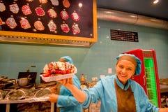 BRUXELLES, BELGIO - 11 AGOSTO 2015: Signora felice Fotografia Stock Libera da Diritti