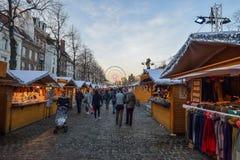 BRUXELLES, BELGIO - 5 dicembre 2016 - mercato di Natale del quadrato di Catherine del san Fotografia Stock Libera da Diritti