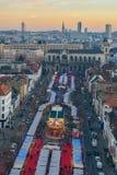 BRUXELLES, BELGIO - 5 dicembre 2016 - vista aerea del mercato di Natale del quadrato di Catherine del san Immagine Stock Libera da Diritti