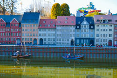 BRUXELLES, BELGIQUE - 5 décembre 2016 - des miniatures de Mini Europe se garent à Bruxelles Image stock