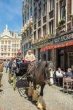 BRUXELLES, BELGIQUE - 16 MAI : Grand Place à Bruxelles le 16 mai, photos libres de droits