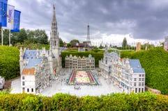 Bruxelles Grand Place con il tappeto del fiore nel mini parco di Europa, Bruxelles, Belgio immagini stock