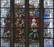 Bruxelles - pêche de miracle de vitre de basilique nationale Photographie stock libre de droits