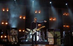 Bryan Adams en concierto Imagen de archivo libre de regalías