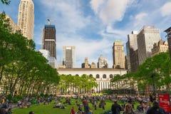 Bryant Park, dat ook als de Stadsvierkant van Manhattan wordt bekend, NYC stock fotografie