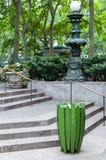 Bryant Park-Eingang, NYC lizenzfreie stockbilder