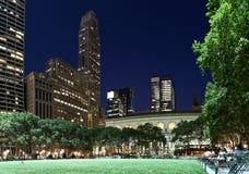 Bryant-Park nachts Lizenzfreie Stockfotos