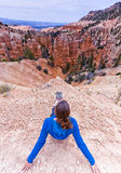 Bryce Canyon Amphitheatre de assento e de negligência Fotos de Stock Royalty Free