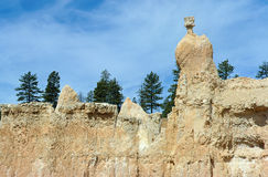Bryce canyon : peak of The Queen. Bryce canyon, Utah, USA : White cliff and peak of The Queen Stock Image