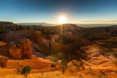 Bryce Canyon, Utah, paysage de perspective en automne au lever de soleil images libres de droits