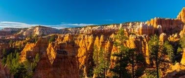 Bryce Canyon Utah, perspektivlandskap i höst på soluppgång Royaltyfria Foton