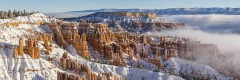 Bryce Canyon Winter Fog Panorama Royalty Free Stock Photos