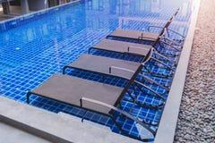 Bryczka hole w pływackim basenie Zdjęcie Royalty Free