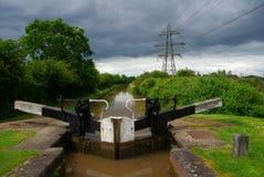 Brygga för kanalstorm Royaltyfri Bild