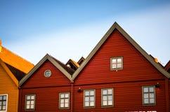 bryggen五颜六色的房子和门面在卑尔根 库存图片