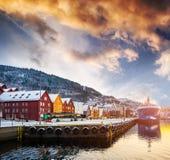 Bryggen-Straße in der Bucht in Bergen, Norwegen Lizenzfreie Stockbilder